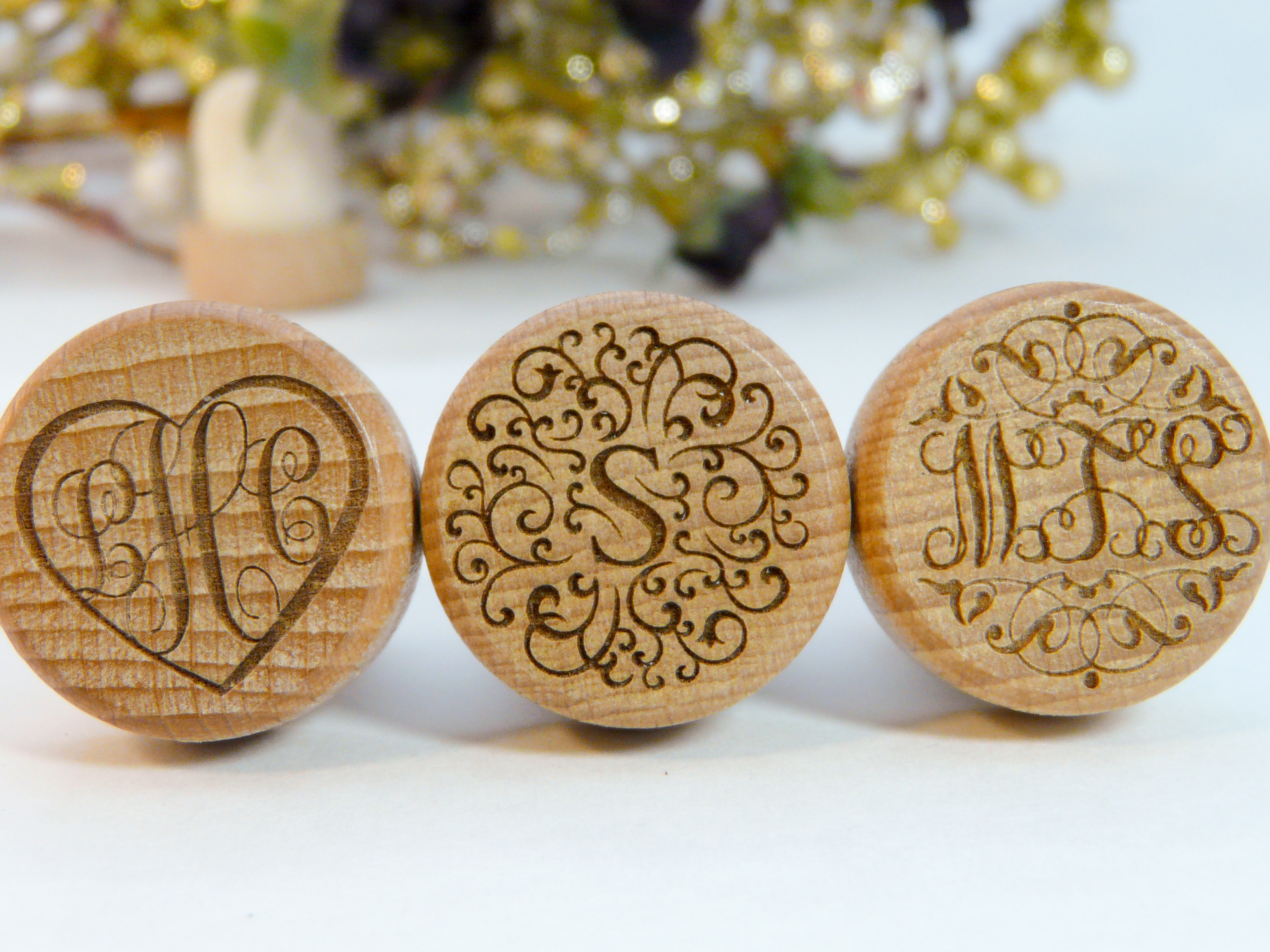 monogram personalized wine stoppers